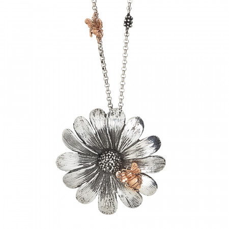 Collana in argento brunito con apine rosate e margherita pendente