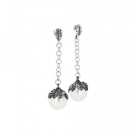 Orecchini in argento brunito con perla naturale pendente