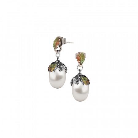 Orecchini in argento dipinto a mano con perla naturale barocca pendente.
