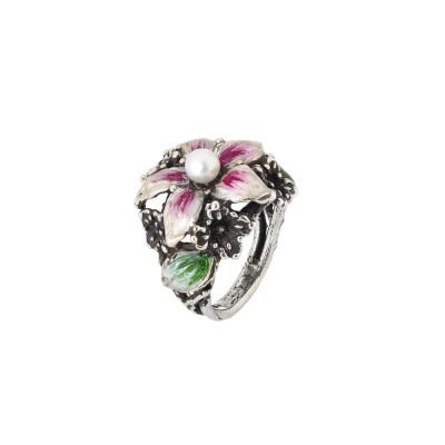 Anello lilium in argento brunito e perla naturale