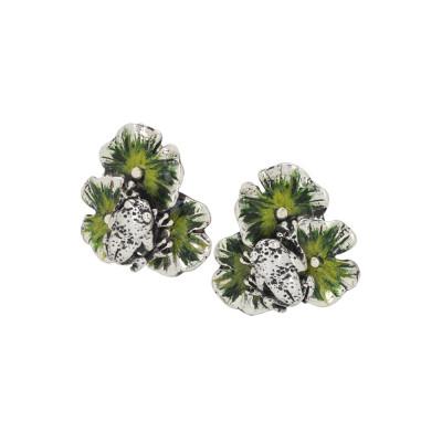 Orecchini con ninfee in argento dipinto a mano di verde e ranocchio brunito