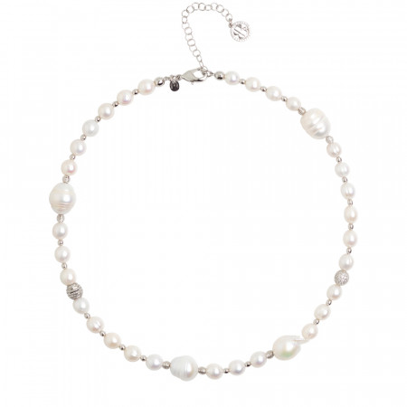 Necklace with natural pearls and spheres with a diamond effect