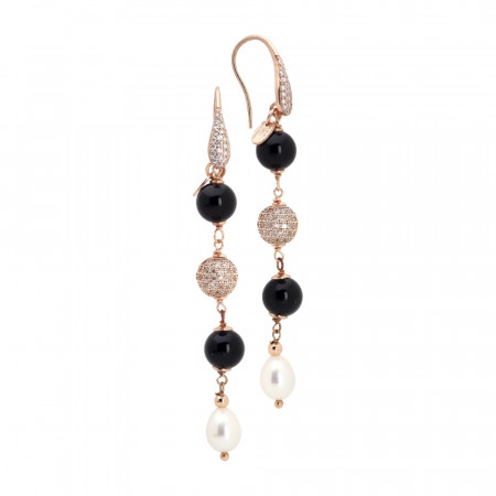 Hanging earrings with natural and obsidian pearls