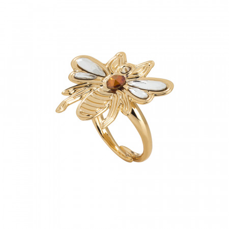 Adjustable ring with bee