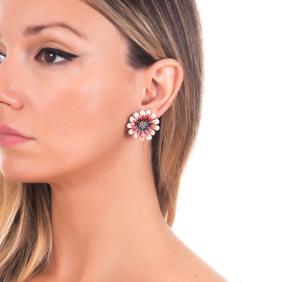 Hand-decorated burnished silver daisy earrings in shades of orange