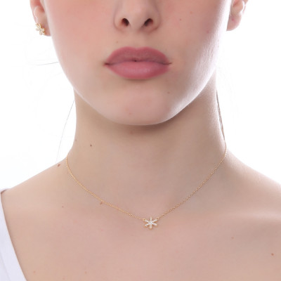 Yellow gold plated necklace with cubic zirconia flower