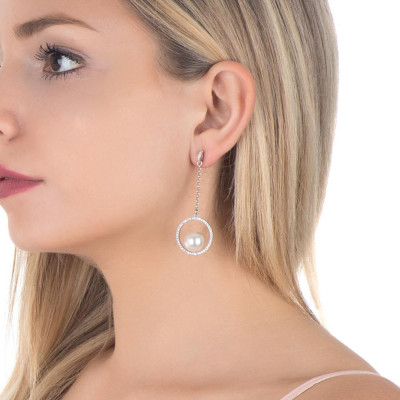 Pendant earrings with rim in pavèdi zircons and Swarovski pearl