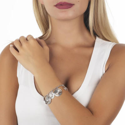 Bracelet rodiatos with concentric charms and Swarovski