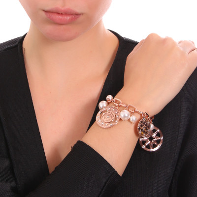 Rose gold plated bracelet with charms, crystals and Swarovski pearls