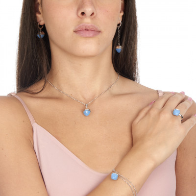 Double strand bracelet with chalcedony crystal