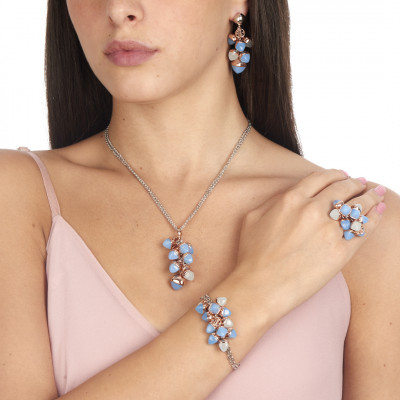 Double strand bracelet with aquamarine and chalcedony pyramidal crystals