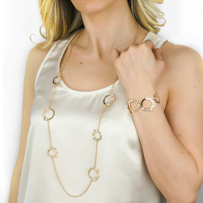Long necklace with Swarovski crystal, silk and white pearl cabochon