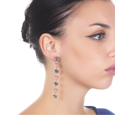 Earrings with four cherry blossoms in burnished silver and three rosé