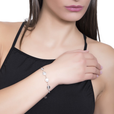 Bracelet with Swarovski pearl and circular elements with cubic zirconia