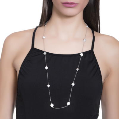 Long necklace with Swarovski pearls and rhodium-plated circular elements with zircons