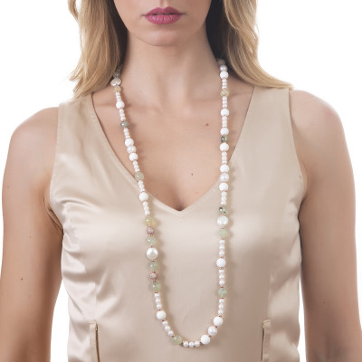 Long necklace with natural pearls, garnet and white agate