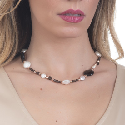 Necklace with natural pearls and smoky quartz
