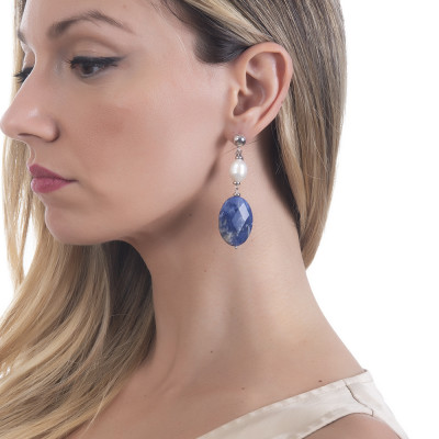Earrings with natural pearl and sodalite
