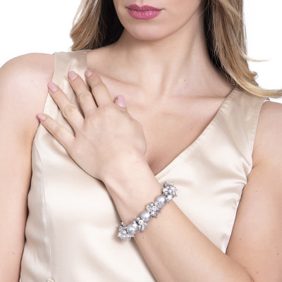 Bracelet with pearls and Swarovski crystals in gray and zircons