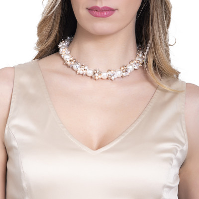 Necklace with a bouquet of Swarovski pearls with cream and zirconia shades