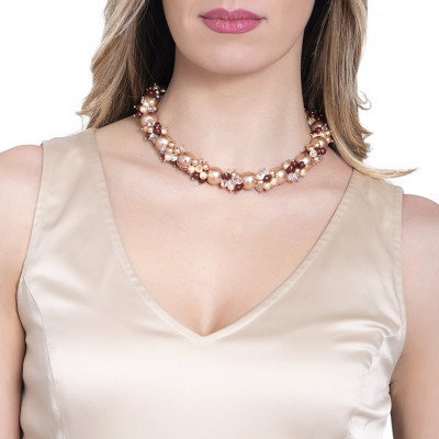 Necklace with bouquets of Swarovski pearls with burgundy and zirconia shades