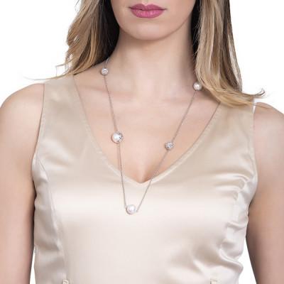 Necklace with Swarovski pearls and diamonds
