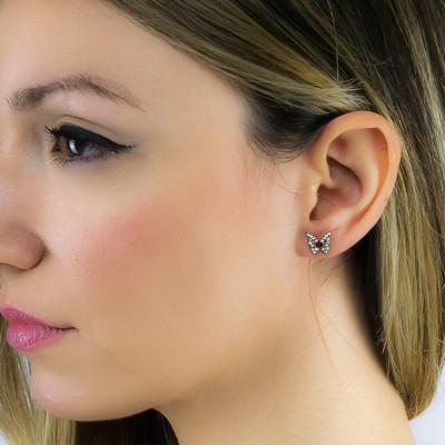 Pink lobe earrings with butterfly