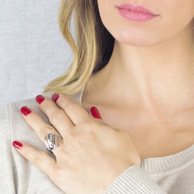 Rhodium-plated ring with diamonds of Swarovski crystals
