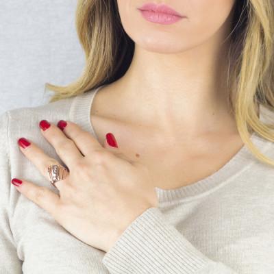 Rosé ring with diamonds of Swarovski crystals