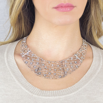 Semi-rigid rhodium-plated necklace with mesh and Swarovski weave