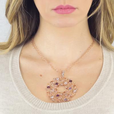 Collana rosata con pendente decorato di Swarovski