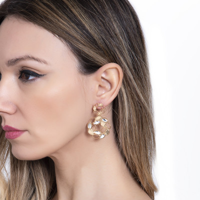 Golden earrings with circular spike pendant of wheat and Swarovski