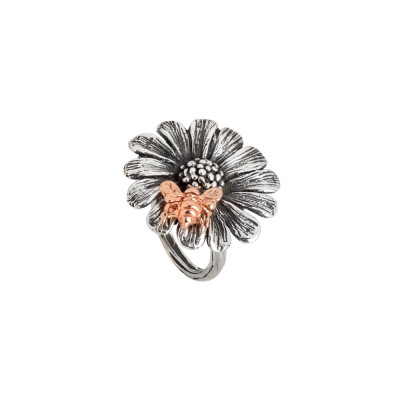 Daisy ring in burnished silver with pink bee