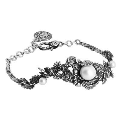 Bracelet in burnished silver with decoration of acorns, chestnut leaves and natural pearls