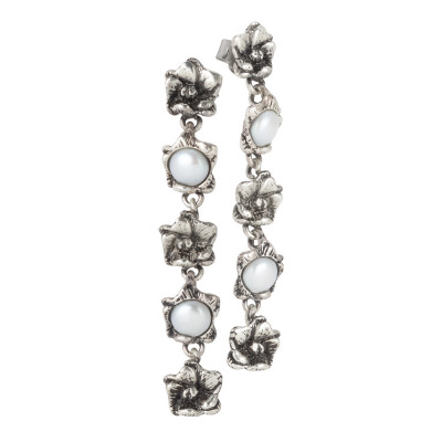 Earrings with five burnished cherry blossoms and natural pearls