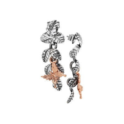 Earrings with wavy pendant in burnished silver and pink butterflies