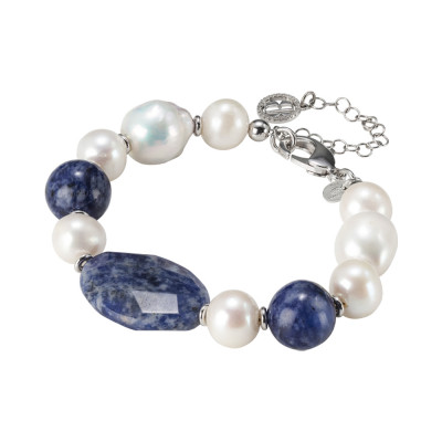 Rhodium plated bracelet with natural pearls and sodalite