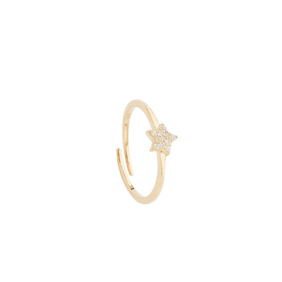 Ring with white cubic zirconia star