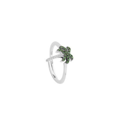 Ring with cubic zirconia palm