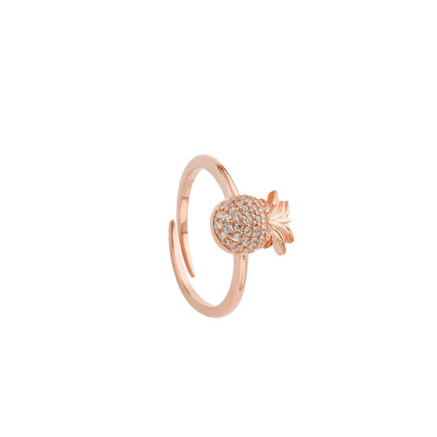 Rose gold plated ring with cubic zirconia pineapple