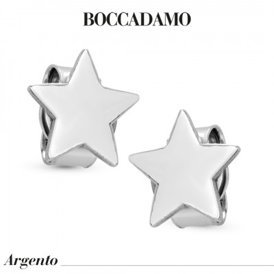 Star-shaped stud earrings