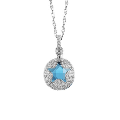 Necklace with star retractable zircons and crystal blue