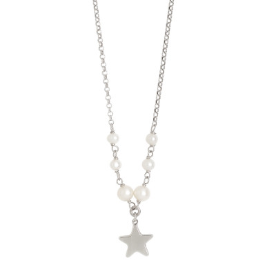Necklace with natural pearls and central star
