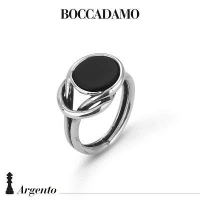 Knot ring with black agate
