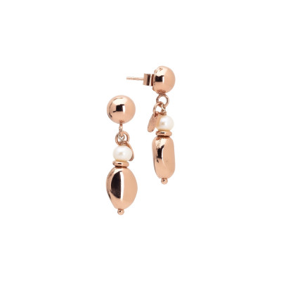 Rose gold plated earrings with natural pearl
