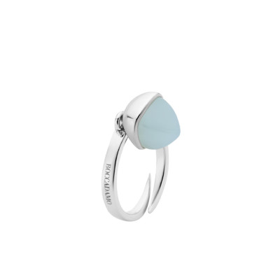 Ring with aquamarine crystal