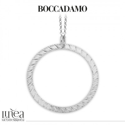 Long rhodium-plated necklace with diamond pendant