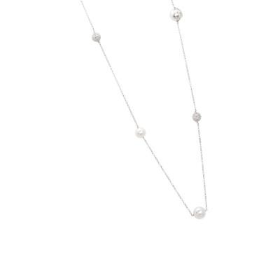 Necklace with white Swarovski pearls and diamonds