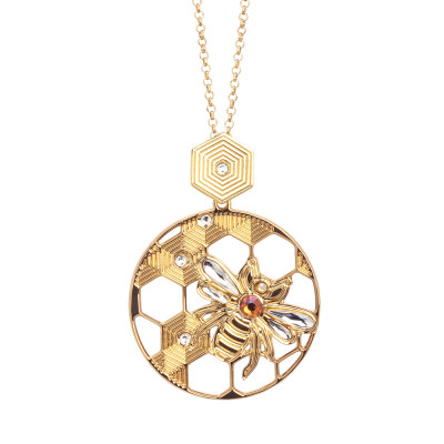 Necklace with circular pendant decorated with bee and Swarovski
