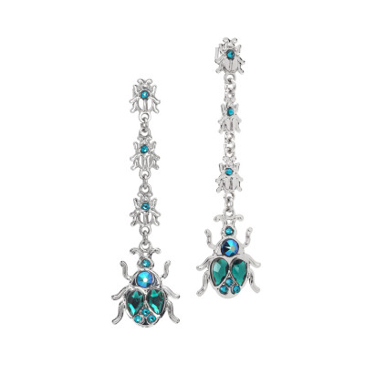 Mono earring and lobe earring with scarab
